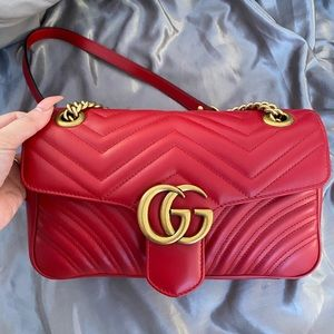 Gucci Marmont Small matelalesse bag